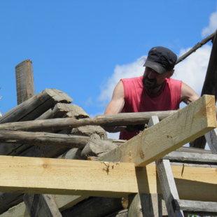 Vecā jumta demontāža un jumta konstrukcijas veidošana